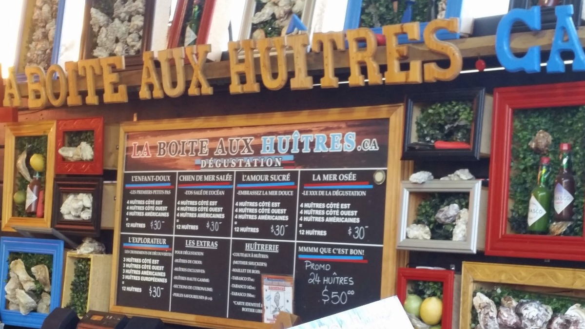 La Boite Huitres, The Oyster Box, at the Marché Jean-Talon in Montreal